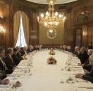 """Salón de Consejo. Socios y directivos durante la celebración de las """"Bodas de Oro""""."""